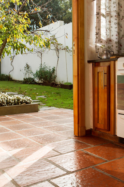 Galer a exterior terraza ambientaciones exteriores for Baldosones para terrazas
